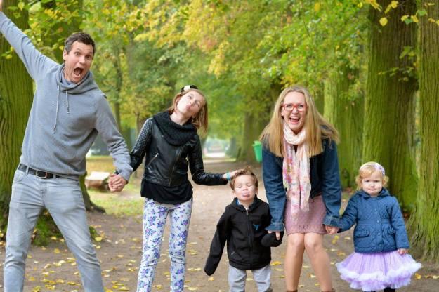 nun-family-in-the-fall